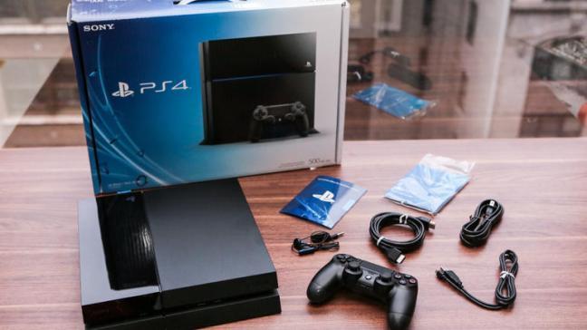 Sony_PS4_